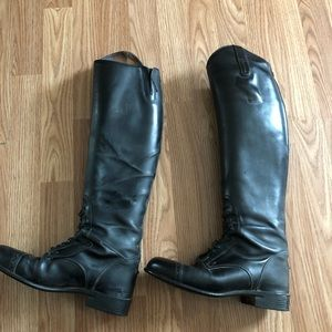 Riding boots Ariat